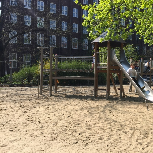 Bild 1: Rungestraße / Köllnischer Park