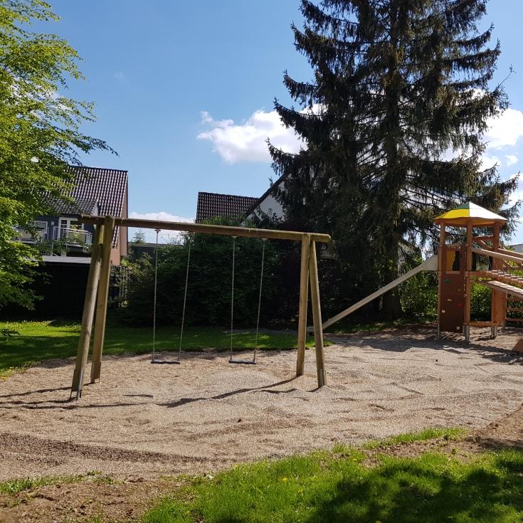 Bild 2: Spiel- und Bolzplatz Hardtweg