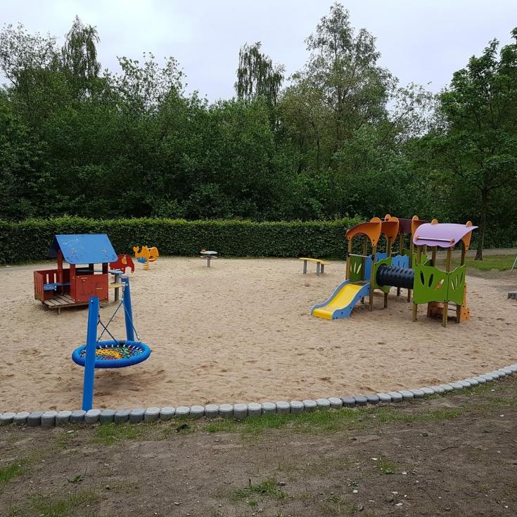 Bild 27: Spiel- und Bolzplatz im Kleinen Feld