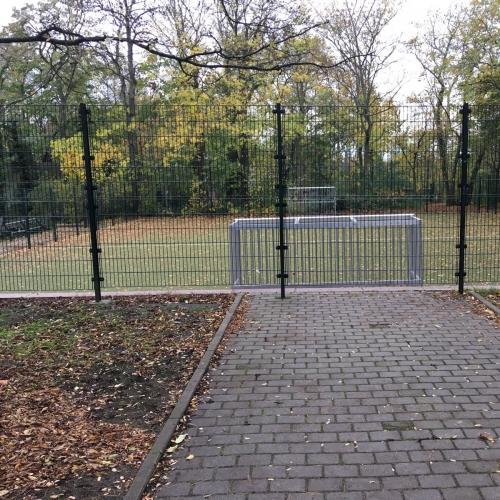 Bild 8: Spiel- und Bolzplatz im Stadtpark