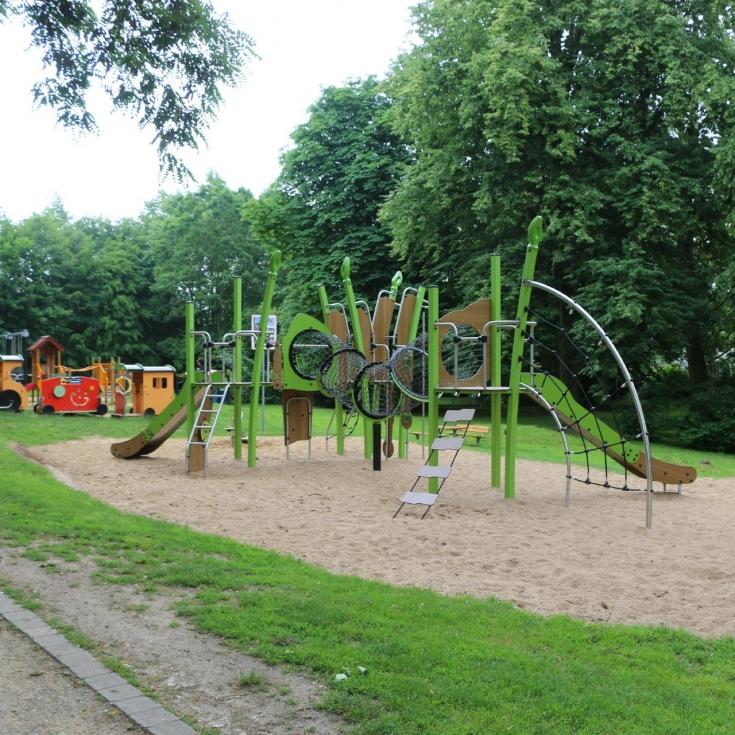 Bild 2: Spiel- und Bolzplatz Meisenpfad