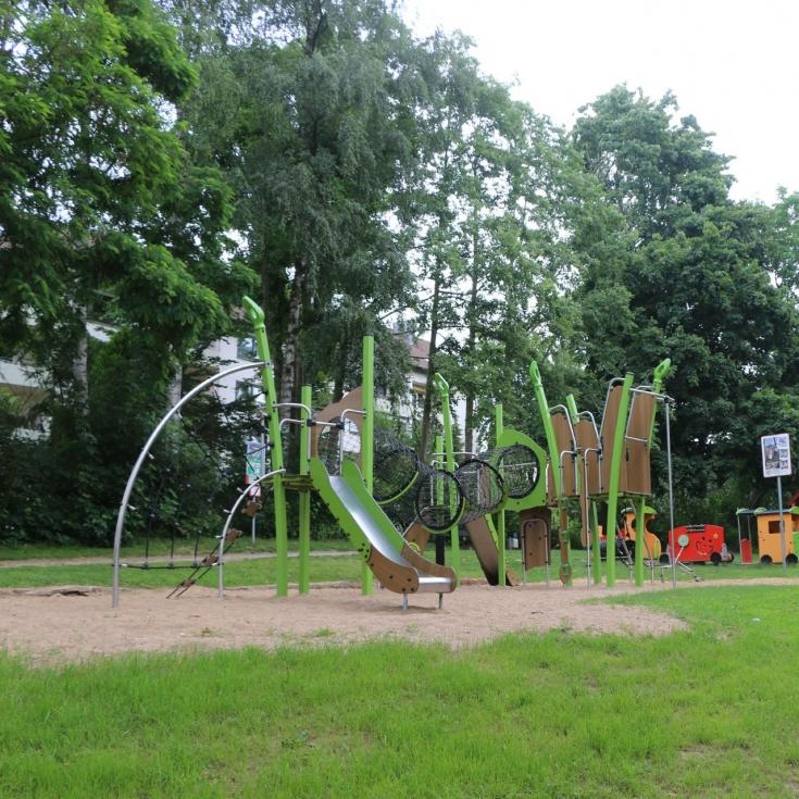 Bild 4: Spiel- und Bolzplatz Meisenpfad