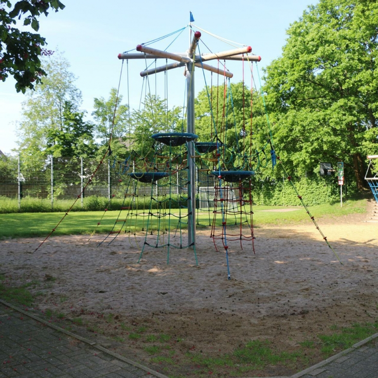 Bild 11: Spiel- und Bolzplatz Ottelau