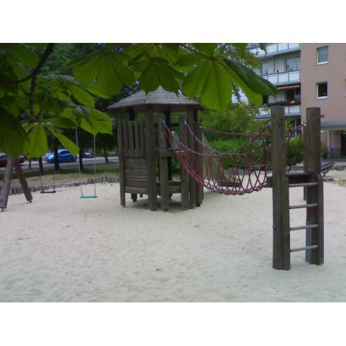 Bild 2: Spielburg Anne-Frank-Straße