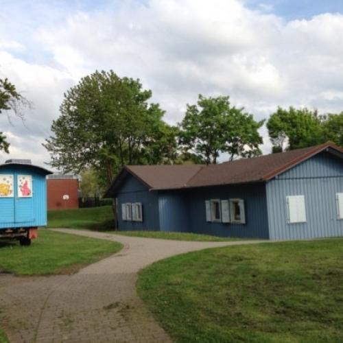 Bild 1: Spielhaus Dalheim