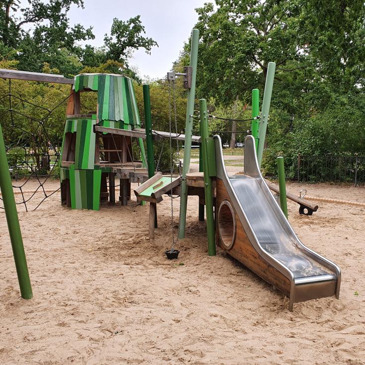 Bild 3: Spielplatz am Augustaplatz