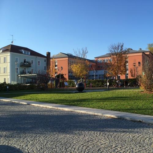 Bild 1: Spielplatz am Bahnhof