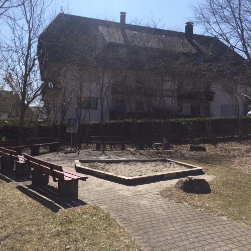 Bild 3: Spielplatz am Haus des Gastes