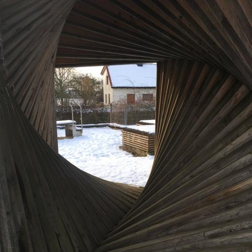 Bild 2: Spielplatz am Kommbühl