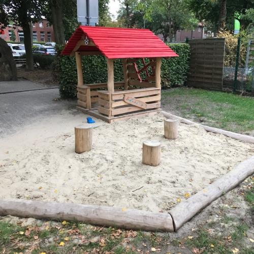 Bild 1: Spielplatz Am Magnusplatz