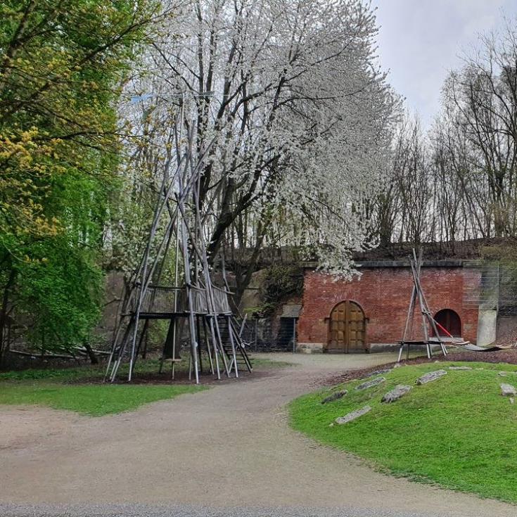 Bild 2: Spielplatz Am Regenbogen im Klenzepark