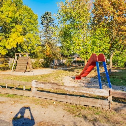 Bild 1: Spielplatz am Schünenkamp
