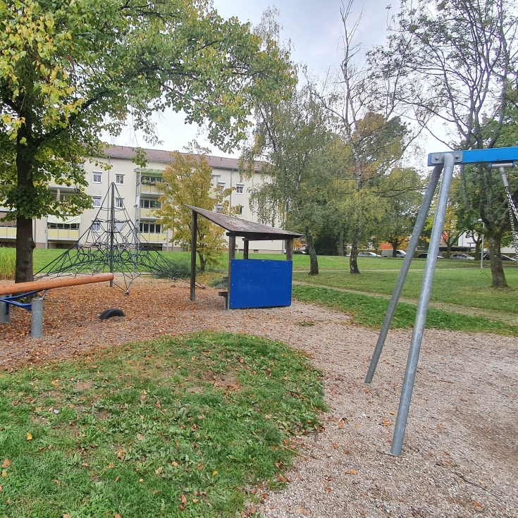 Bild 6: Spielplatz am Solferinoweg im Fasanenhof