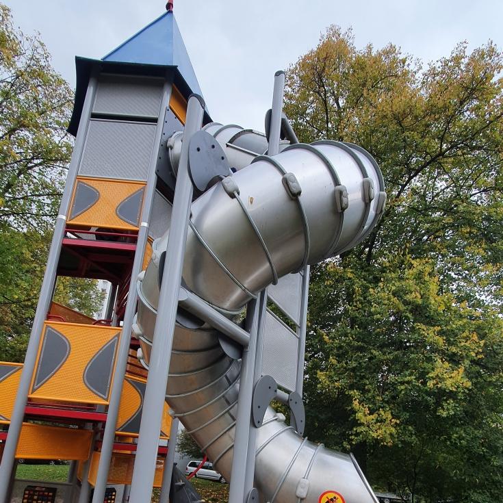 Bild 7: Spielplatz am Solferinoweg im Fasanenhof