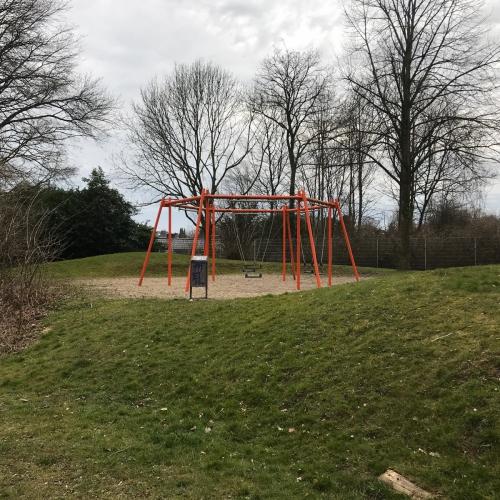 Bild 3: Spielplatz am Steigerweg