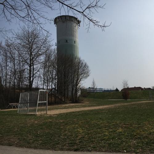 Bild 2: Spielplatz am Wasserturm