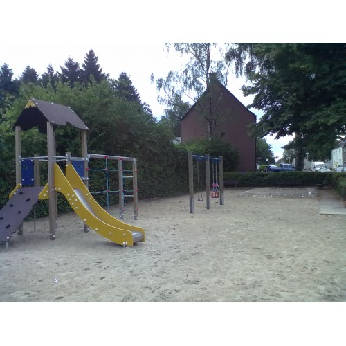Bild 1: Spielplatz an der Agnesstraße