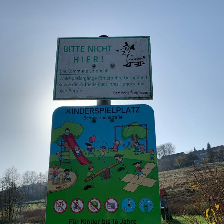 Bild 8: Spielplatz an der Schwarzach