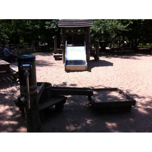 Bild 3: Spielplatz auf dem Kinderbauernhof Neuss