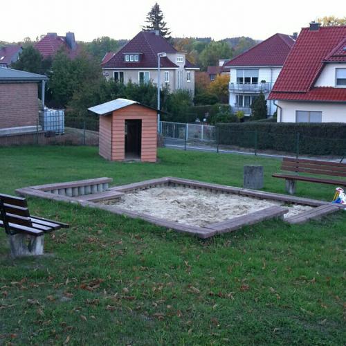 Bild 1: Spielplatz Bergstraße
