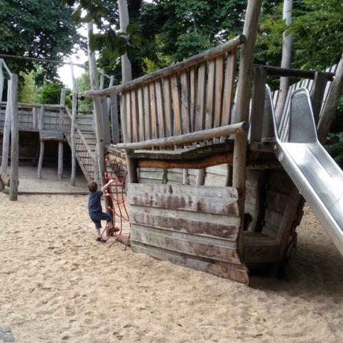 Bild 1: Spielplatz DEW21