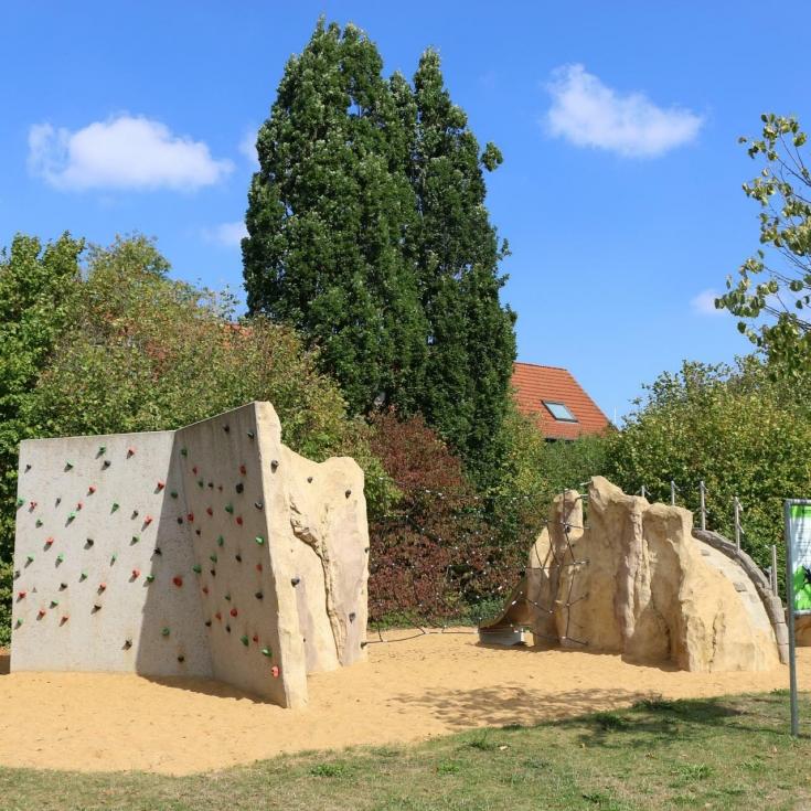 Bild 2: Spielplatz Glumke