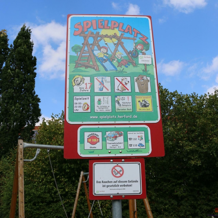 Bild 9: Spielplatz Glumke
