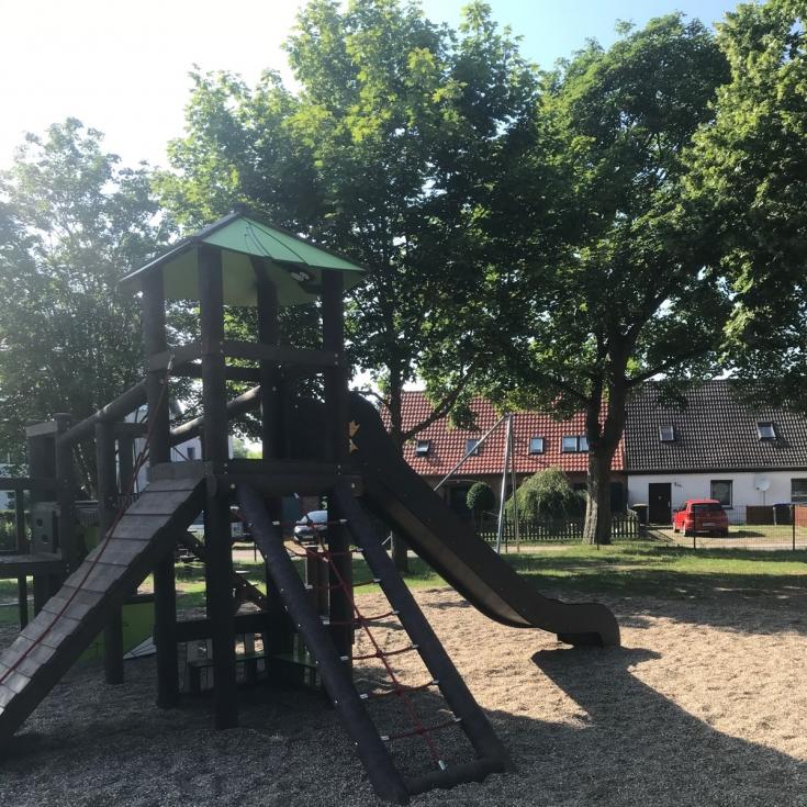 Bild 7: Spielplatz Groß Kedingshagen
