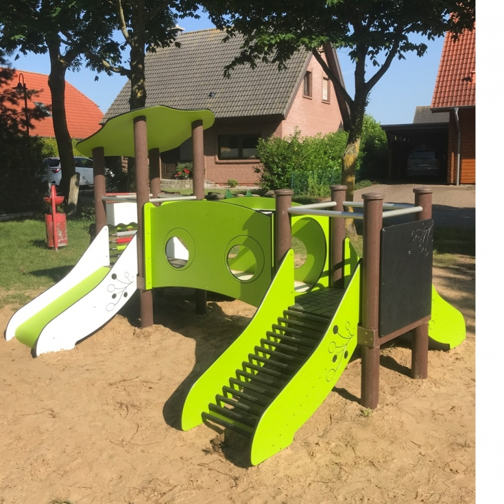 Bild 2: Spielplatz Groß Kedingshagen