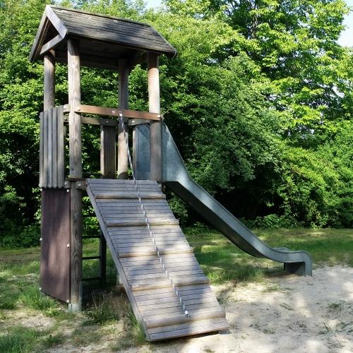 Bild 2: Spielplatz Holtum