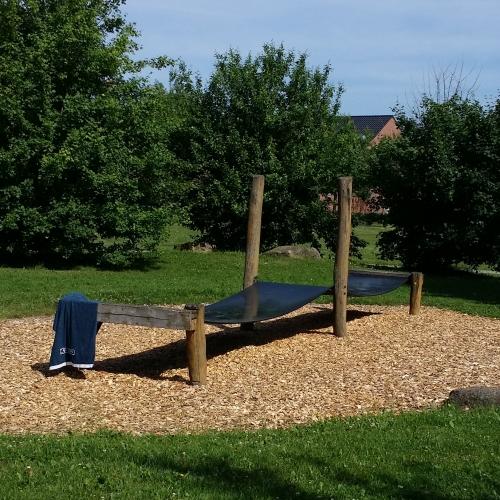 Bild 3: Spielplatz im Dorfpark von Borschemich