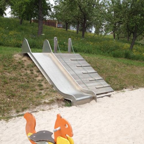 Bild 1: Spielplatz im Neubaugebiet