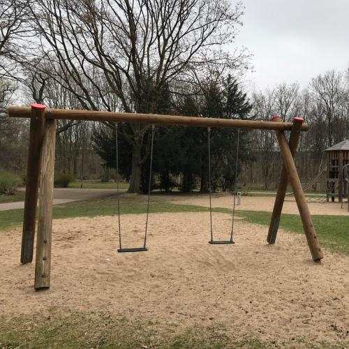 Bild 3: Spielplatz im Nordpark