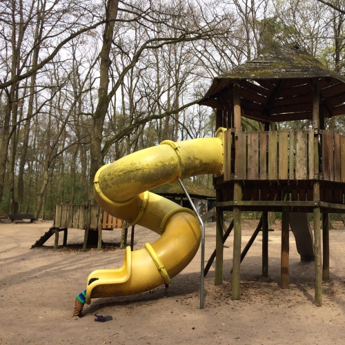 Bild 2: Spielplatz im Ostpark