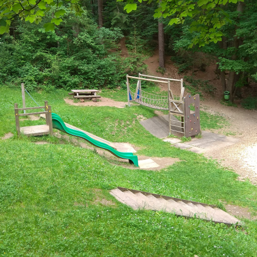 Bild 6: Spielplatz Im Silberwald