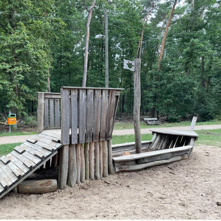 Bild 1: Waldspielplatz Promenade Teufelssee