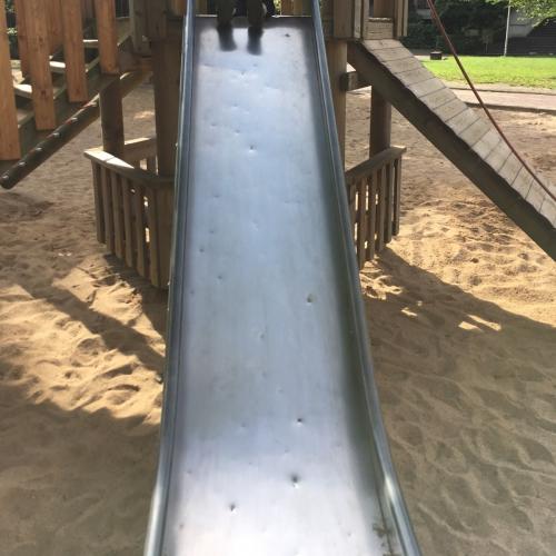 Bild 1: Spielplatz im Wohnpark Westhoven