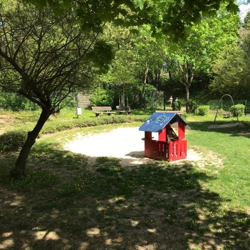 Bild 4: Spielplatz In den Möhrenwiesen