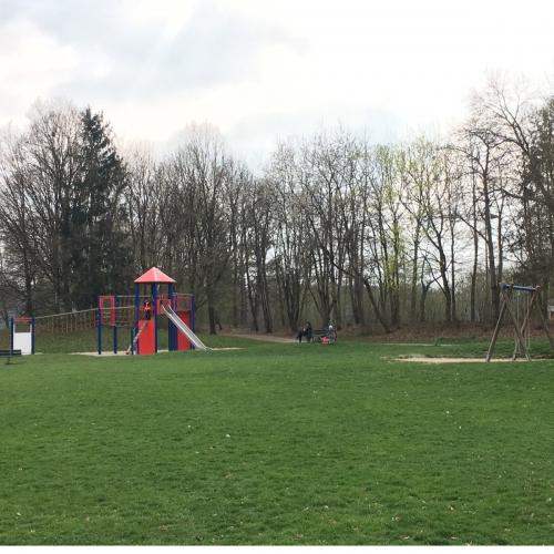 Bild 1: Grünanlage Herterichstraße