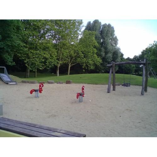 Bild 1: Spielplatz 2 Paul-Löbe-Straße