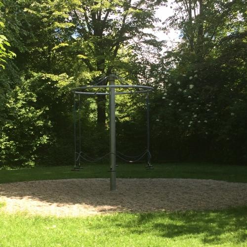 Bild 4: Spielplatz Hopfenseeweg