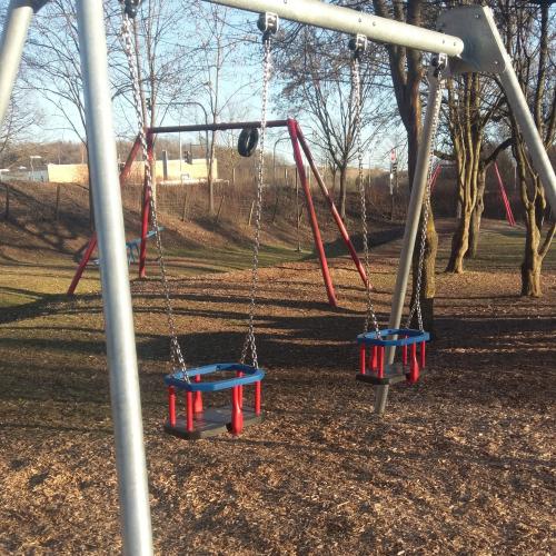 Bild 1: Spielplatz Reutlinger Straße