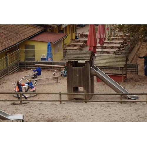 Bild 2: Spielplatz im Wild-und Wanderpark Silz