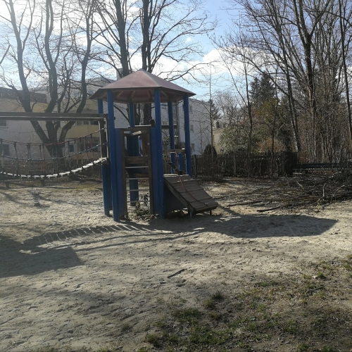 Bild 1: Spielplatz Konrad-Witz-Straße
