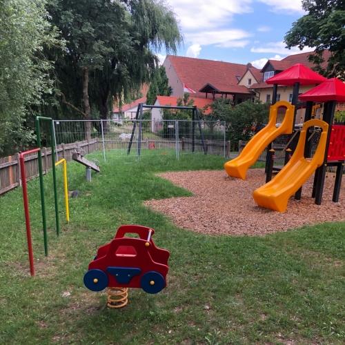 Bild 4: Spielplatz Kraisdorf