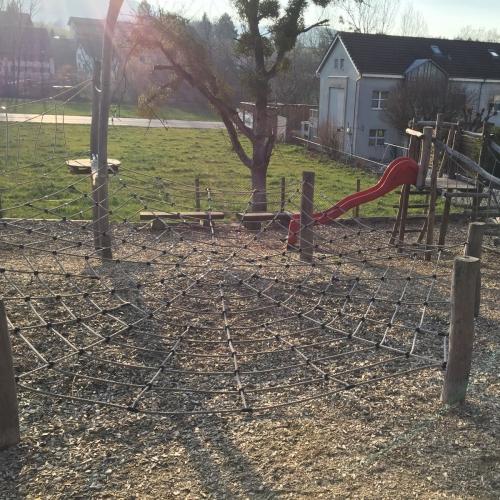Bild 2: Spielplatz Lengnau