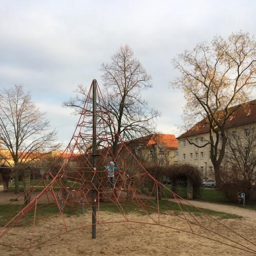 Bild 1: Spielplatz Lutherstraße
