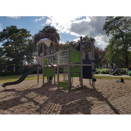 Bild 1: Spielplatz Martinskirche