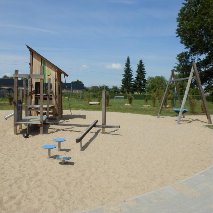 Bild 2: Spielplatz Mittelstelle