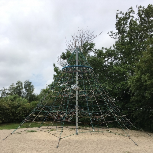 Bild 2: Spielplatz Morsum